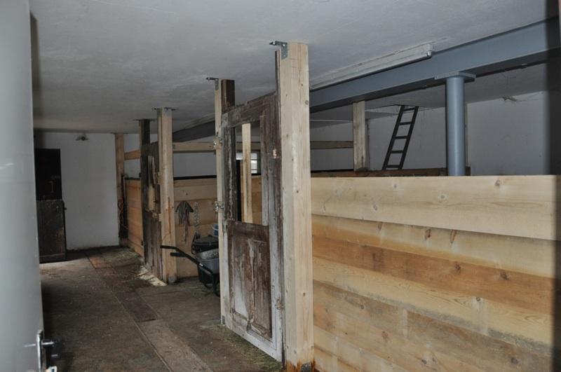 die goldhofer stallausbau. Black Bedroom Furniture Sets. Home Design Ideas